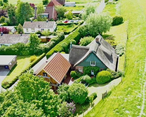 Idylisch gelegenes Zweifamilienhaus in Seester - Elmshorn