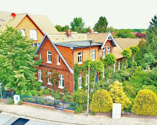 Charmantes Einfamilienhaus mit traumhaften Garten in Bienenbüttel