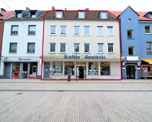 Wohn- und Geschäftshaus in der Fußgängerzone von Dorste